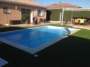 jet-eau-piscine.jpg