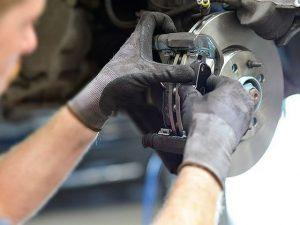 réparation freins-plaquettes-disque.jpg