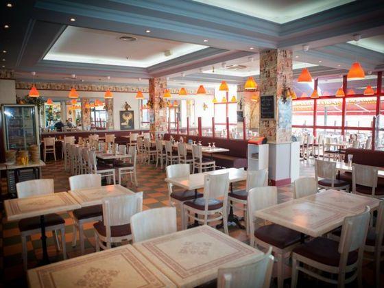 restaurant-brasserie-pizzeria grande-salle.jpg