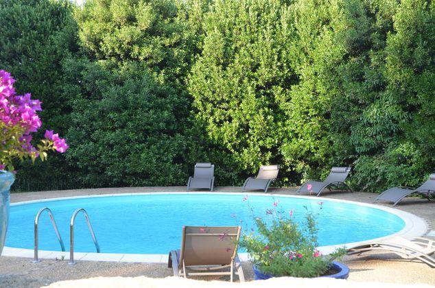 espace piscine parc.jpg