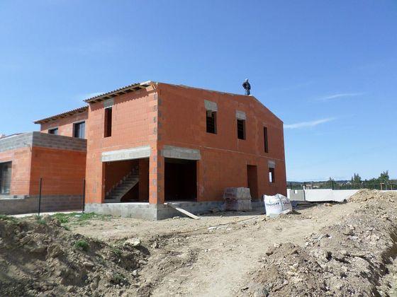 maison en brique rouge nimes.jpg